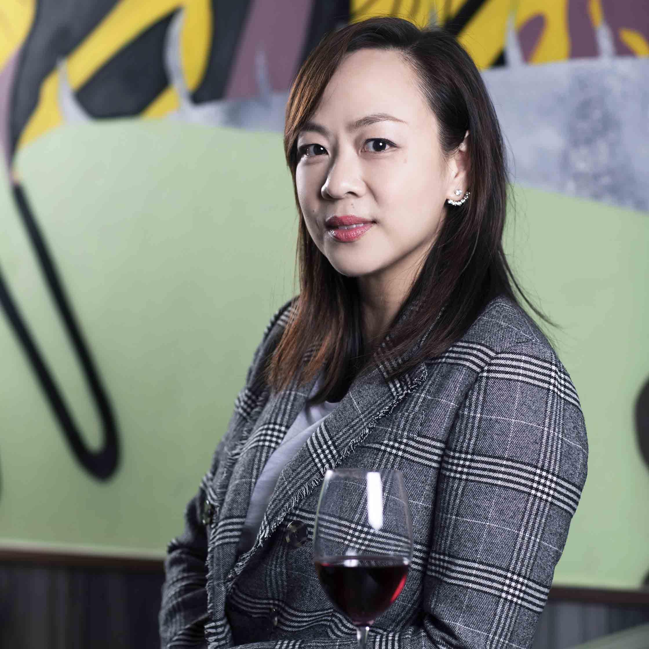 urban-nutters-expert-profile-wine-vivian-lee