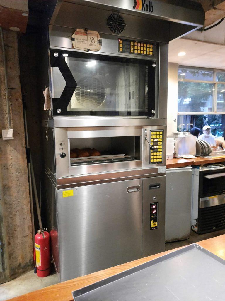 urbannutters-blog-coffee-nigel-coffee-exploring-mm-shop-baking-bread-oven
