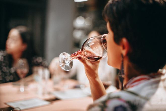 urban-nutters-wine-taste